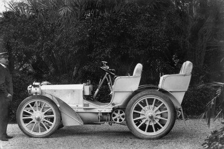 Pierwszy Mercedes