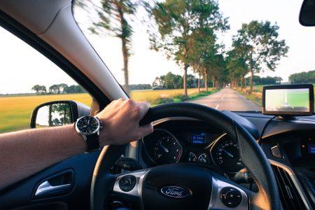 Wibracje na kierownicy