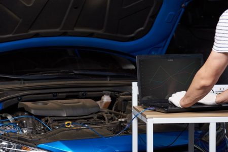 Jak sprawdzić faktyczny przebieg samochodu?