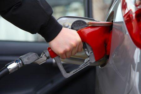 Spalanie w samochodzie - od czego zależy, jak minimalizować