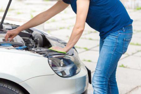 Samochód gaśnie na zimnym silniku - gdzie szukać przyczyny?