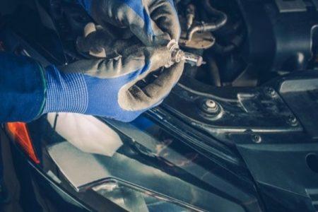 Żarówka samochodowa R2