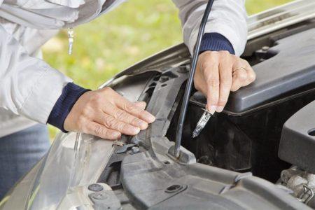 Najczęstsze przyczyny przepalania się żarówek samochodowych - jak temu zapobiegać