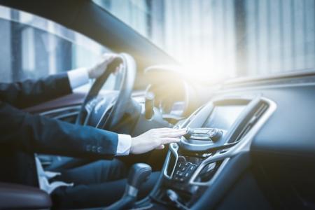 Wymiana osuszacza klimatyzacji samochodowej